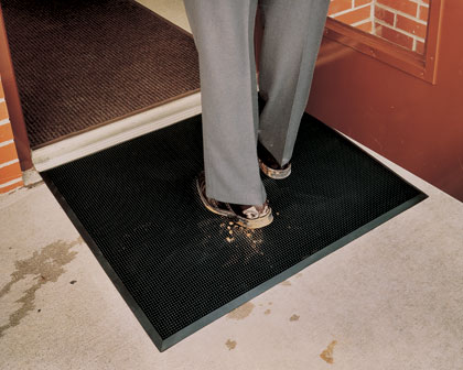 photo of finger tip mat at a doorway